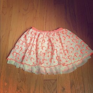Cute girls coral and white flowered skirt!